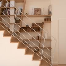 bibliotheque-dans-escalier